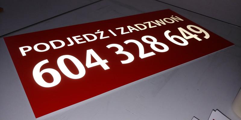 tablica-szyld-rekalmowa-firmowa-odblaskowa-3