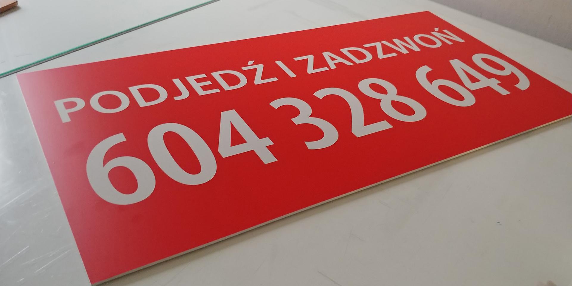 tablica-szyld-rekalmowa-firmowa-odblaskowa-4