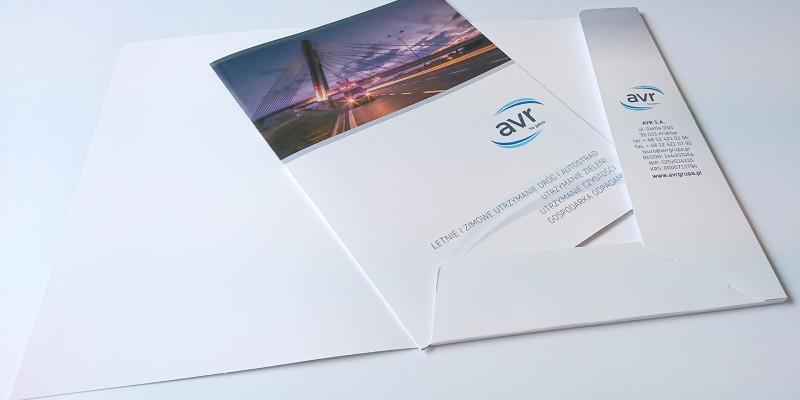 teczka-i-broszura-reklamowa-druk-1